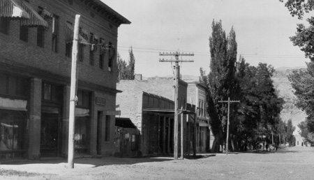 Moab in 1914 at Center and Main